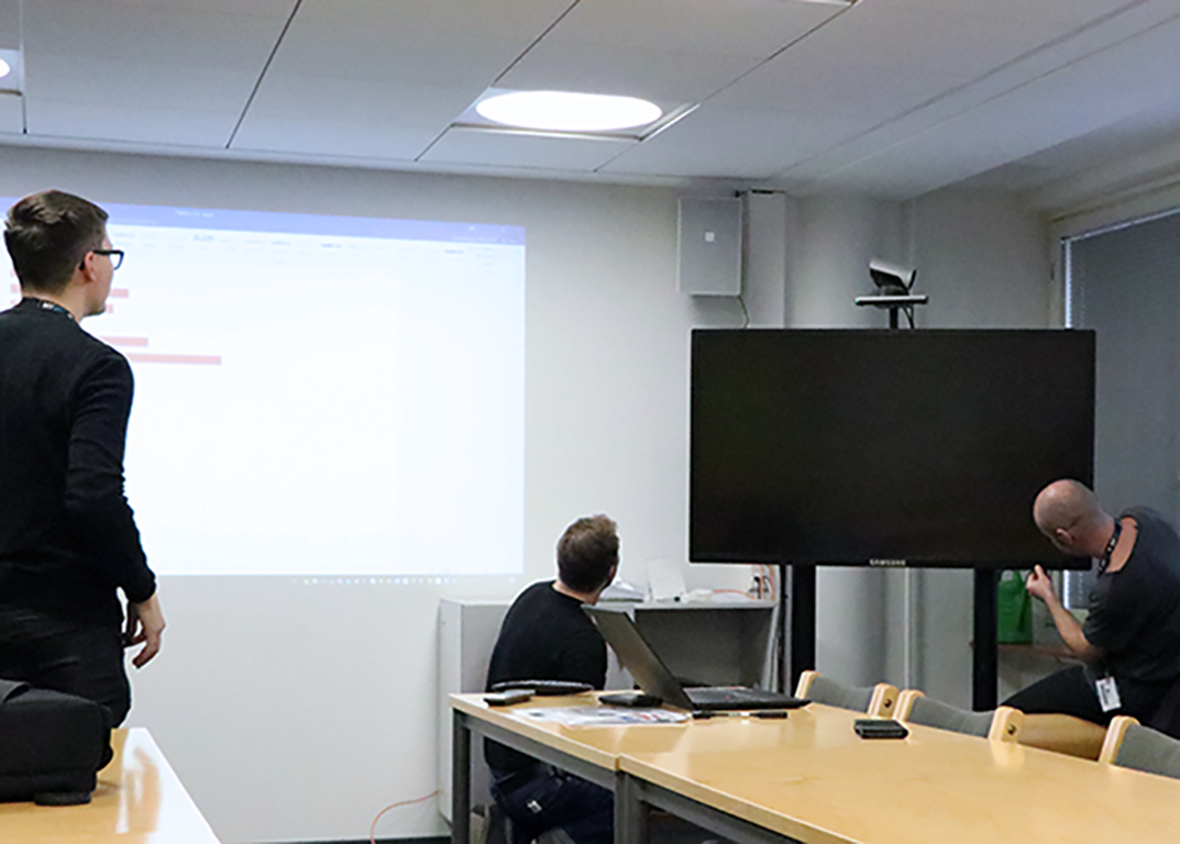 Pilot project by Unigrafia and University of Helsinki providing facility services is up and running – A warm welcome to AV support servicing the City Centre Campus